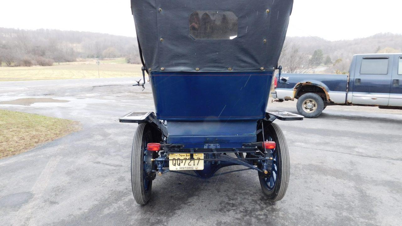 1909 Cadillac Model 30 Demi Tonneau