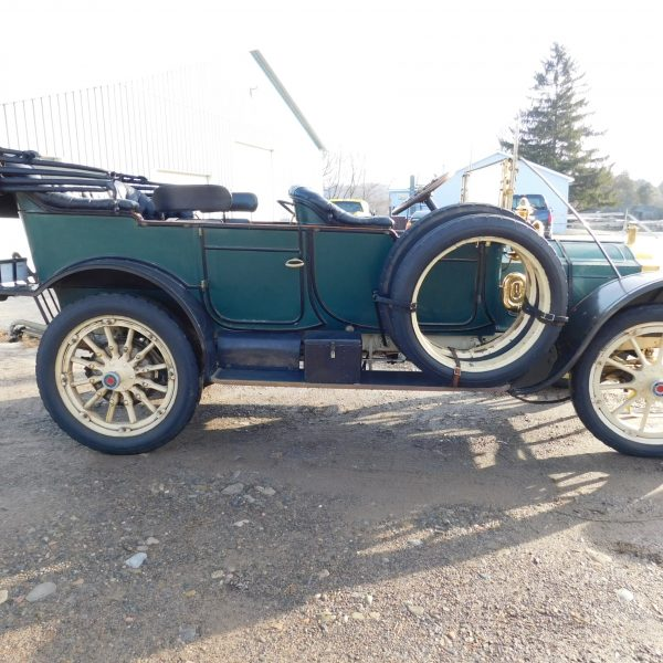1912 Packard Model 30 Seven-Passenger Touring