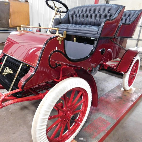 1903 Cadillac Model A Runabout Rear Entry Tonneau